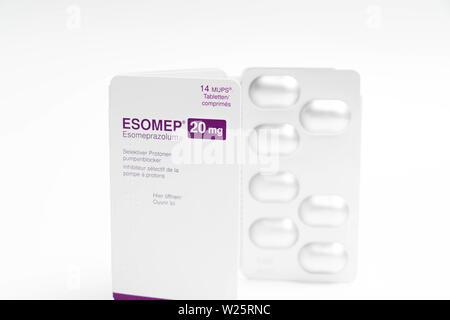 Inhibiteur de la pompe à protons IPP Esomep comprimés contrôle acide d'estomac de reflux Banque D'Images