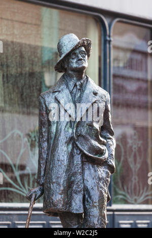 L'Irlande, Dublin, James Joyce Statue, North Earl Street Banque D'Images