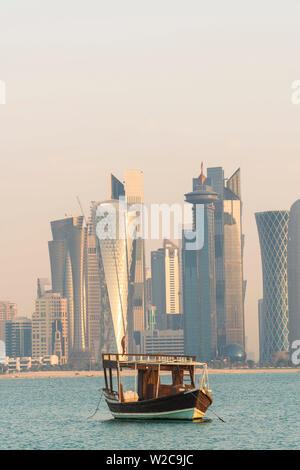 Au lever du soleil sur les toits de Doha, Doha, Qatar