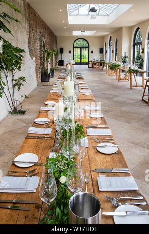 Set de table pour petit-déjeuner en Chambre, à la figue, Middleton Lodge Country House à Middleton Tyas près de Richmond, North Yorkshire Banque D'Images