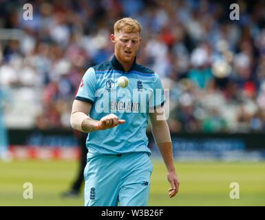 Londres, Royaume-Uni. 14 juillet, 2019. Londres, Angleterre. Le 14 juillet: Ben Stokes de l'Angleterre au cours ICC Cricket World Cup Finale entre l'Angleterre et la Nouvelle-Zélande sur le Lord's Cricket Ground le 14 juillet 2019 à Londres, en Angleterre. Action Crédit: Foto Sport/Alamy Live News