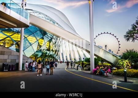 Singapour - Mar 15, 2019: Jardins de la baie, l'architecture extérieure du Dôme de débit caractéristiques.