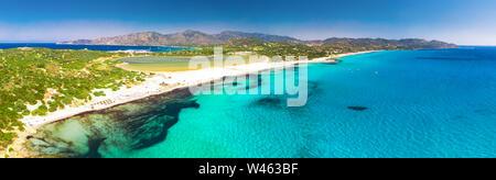 Plage de Porto Giunco, Villasimius, Sardaigne, Italie. La Sardaigne est la deuxième plus grande île de la mer Méditerranée.