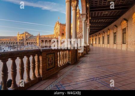 Une longue exposition de la Plaza de España, Séville, Espagne Banque D'Images