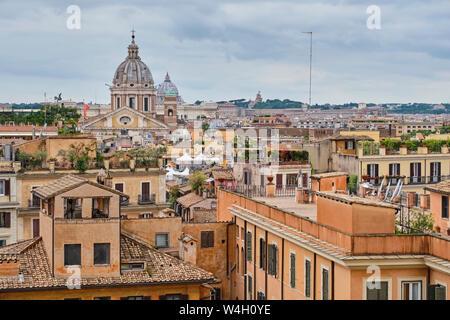 Vue de la place d'Espagne, Rome, Italie Banque D'Images