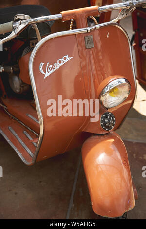 Londres, UK - juillet 2019. Détails d'un Piaggio Vespa scooter.