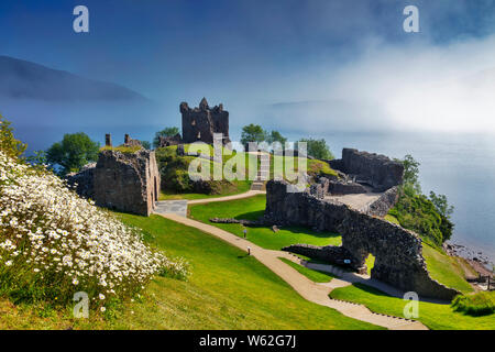 Château Urgard, Loch Ness, Highlands, Ecosse, Royaume-Uni