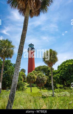 Jupiter Inlet Lighthouse, qui a ouvert ses portes en 1860, à Jupiter Inlet sur la côte atlantique dans le comté de Palm Beach à Jupiter, en Floride. (USA) Banque D'Images