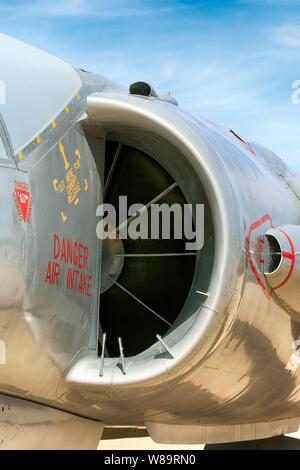 Dans l'admission d'Air Pegasus RR d'un moteur HS FGA.1 figeter Kestrel jet avion