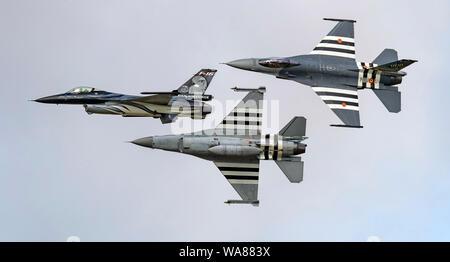 F-16 En vedette dans Airfraft le défilé aérien de l'OTAN 70e anniversaire du Royal International Air Tattoo 2019 à partir de la 2e escadre de la composante aérienne belge;; Kleine Brog