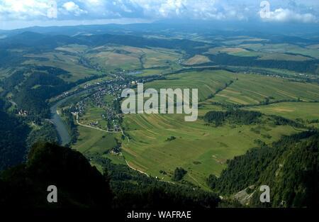 Montagnes Pieniny Pologne Souther, près de la frontière, Polish-Slovakian vue depuis les trois couronnes haut 07.2005 phot. Andrzej Sidor/FORUM Banque D'Images