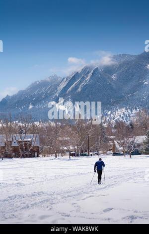 Le ski de fond en Amérique du Boulder Park, Boulder, Colorado, USA Banque D'Images