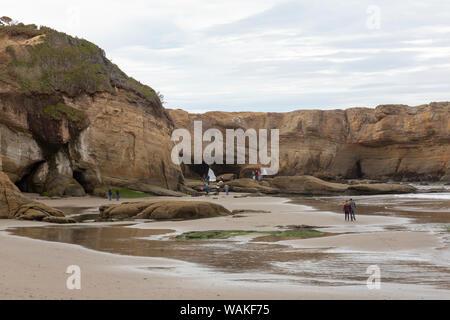 USA, Ohio, Otter Rock. Entrée de plage dans Devil's Punchbowl. En tant que crédit: Wendy Kaveney Jaynes / Galerie / DanitaDelimont.com