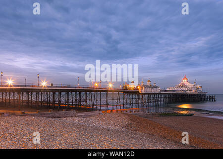 La jetée d''Eastbourne est une station pleasure pier à Eastbourne, East Sussex, sur la côte sud de l'Angleterre. Banque D'Images