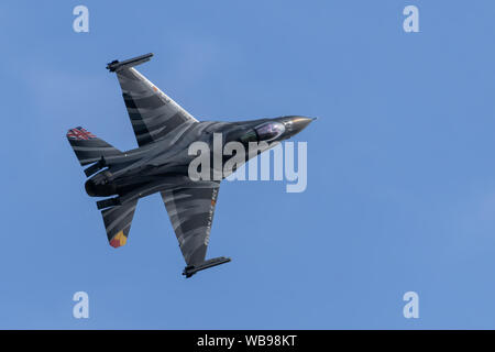 F-16 Fighting Falcon Jet Aircraft