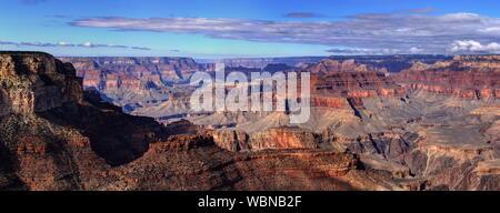 Vue panoramique sur Grand Canyon Against Sky Banque D'Images