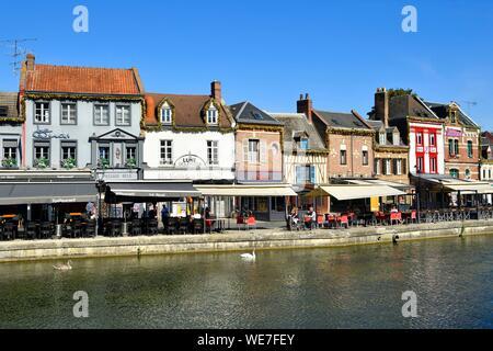 France, Picardie, Amiens, Quartier Saint-Leu, Quai Belu sur les rives de la Somme Banque D'Images