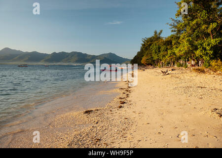 Plage de Gili Air, Gili Trawangan, Lombok, Indonésie, région sud-est de l'Asie, l'Asie Banque D'Images