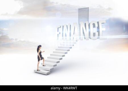 Le mot finances et businesswoman stepping up against white étapes menant à la porte fermée Banque D'Images