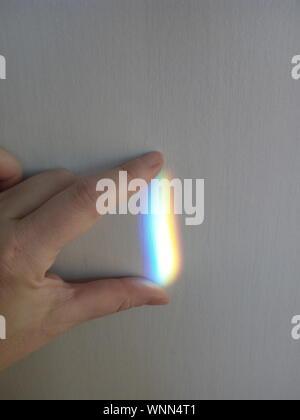 Toucher la main coupée sur le mur du spectre Banque D'Images