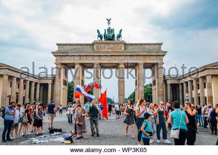 Berlin, Allemagne - le 6 juin 2019: Porte de Brandebourg (Brandenburger Tor) Banque D'Images