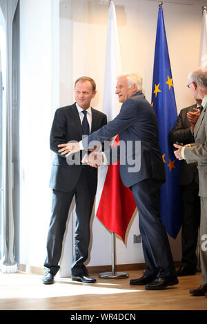 23.05.2011 Bruxelles, Belgique. Sur la photo: Donald Tusk, Jerzy Buzek Banque D'Images