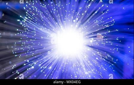 Lecteur optique, fibre optique, la fibre des threads pour les communications internet ultra rapide, léger léger threads qui font circuler les informations à des sp Banque D'Images