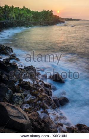 USA,Europa,,Hawaii, Big Island,Puna District,Coucher du soleil le long de côte Banque D'Images