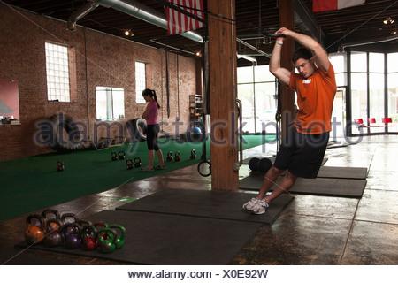 L'utilisation de joints toriques dans sport Bodybuilder Banque D'Images