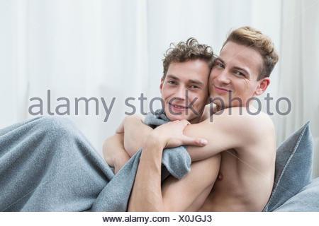 Portrait de couple homosexuel, smiling Banque D'Images