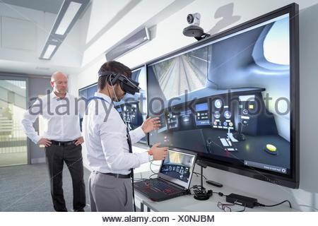 Instructeur et l'apprenti à l'aide de système de réalité virtuelle dans l'ingénierie ferroviaire mondial