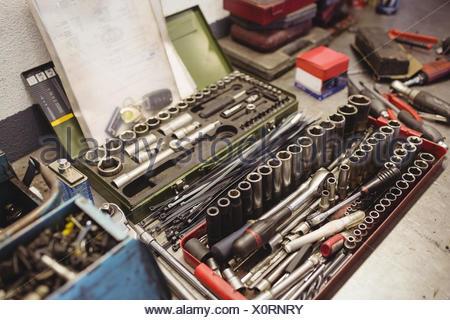 Divers outils dans la boîte à outils Banque D'Images
