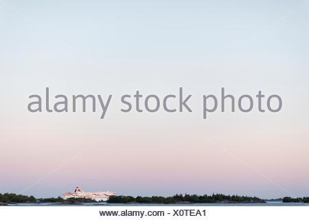 La Suède, l'archipel de Stockholm, Uppland, Fejan, de voir le ciel à l'aube