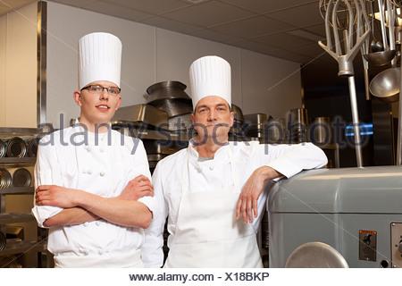 Chefs de cuisine commerciale, portrait Banque D'Images