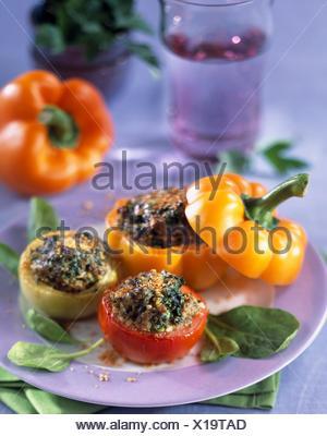Jeunes légumes stuufed avec bulghour