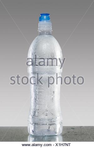 Bouteille d'eau Banque D'Images