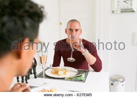 La Norvège, couple, manger et boire Banque D'Images