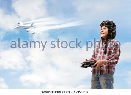 Garçon rêve de devenir un pilote