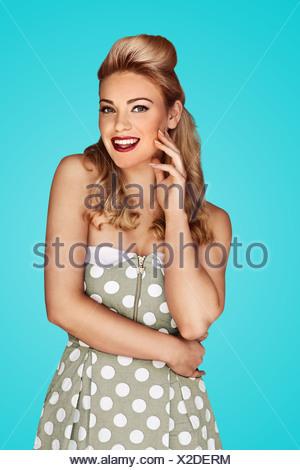 Gorgeous woman in mode rétro Banque D'Images
