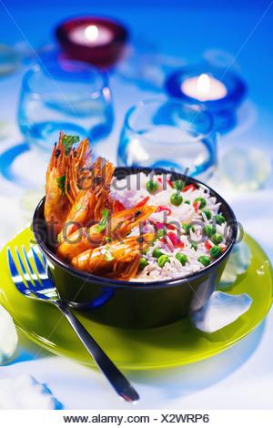 Crevettes flambées et de Riz aux pois