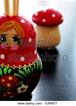 Portrait de poupée russes d'emboîtement sur table Banque D'Images