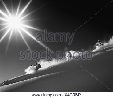 Montagnes groupe ski neige monochrome noir et blanc sun sport ski ski neige profonde neige profonde dri