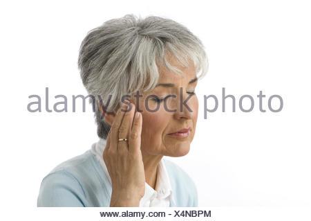 Senior, geste, cephalalgias, portrait, femme, 50-60 ans, femmes en ...