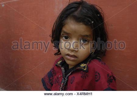 L'Inde, Uttar Pradesh, Varanasi, girl, portrait, Banque D'Images