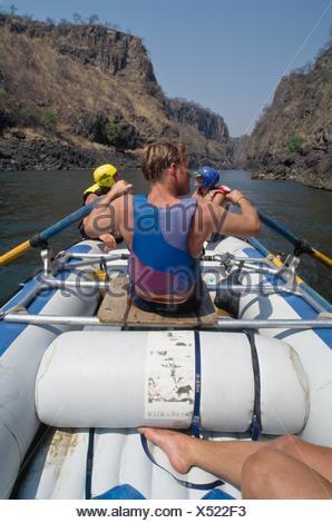 Le Rafting sur la rivière Zambèze Banque D'Images