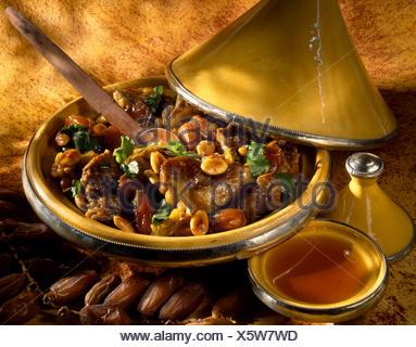 Agneau, fruits secs et miel Tajine