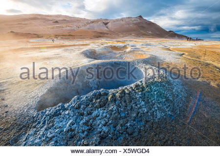 Caldeira de Krafla, Hverir, 73320, région du nord de l'Islande. L'activité géothermique. Banque D'Images