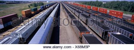 Vue panoramique des wagons de la Union Pacific's Bailey Triage ferroviaire North Platte Nebraska plus grand chemin de fer de classification Banque D'Images