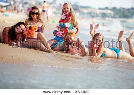 Heureux les jeunes filles Banque D'Images
