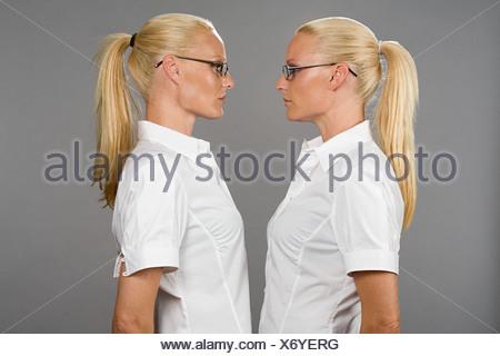 Deux soeurs jumelles